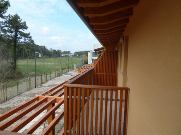LIGNANO Sabbiadoro, Reihenhaus neu, ca. 77 m2 WFL, ca. 117 m2 Grund