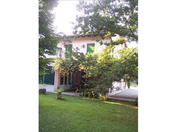 Comune RUDA , Villa Perteole, Friuli Venezia Guilia ca. 210 m2 WFL, ca. 2.250 m2 GF
