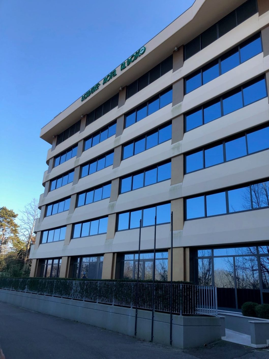Italia, GRADO 1. Meerreihe ca. 48 m2 WFL, Balkon, Neubau
