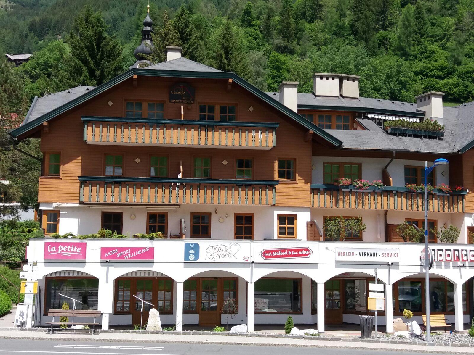 Bad Kleinkirchheim, Kaernten, Investitionsobjekt (TOSCA), gegenueber Roemertherme, Kaiserburg