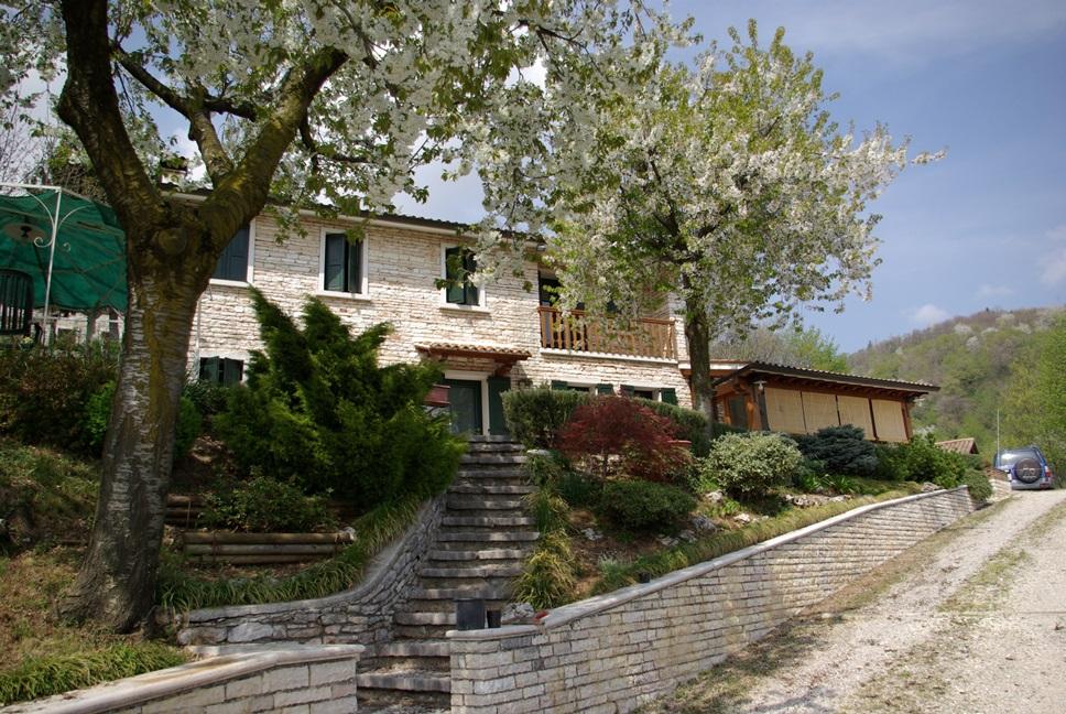 Edles RUSTICO  nahe den PROSECCOHÜGELN in POSSAGNO, zona Valdobbiadine, Veneto