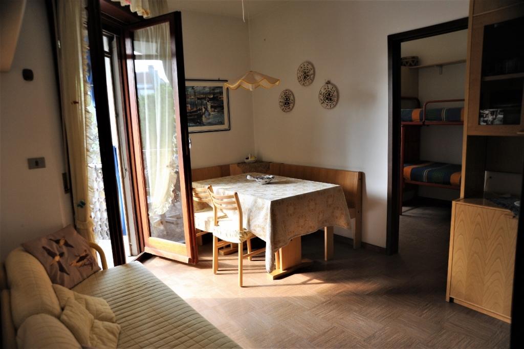 GRADO – PINETA, Apartment (NID) REDUZIERT mit 2 Schlafzimmer, Balkon, ca 50m2, Gelegenheit!