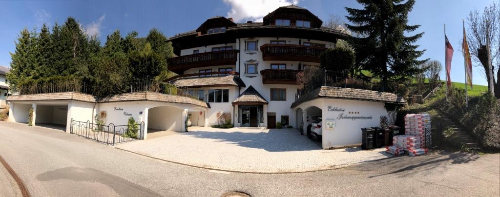 Bad Kleinkirchheim, Kaernten, Luxus-Ferienhaus COLOSEUS mit 9 Apartments in bester Sonnenlage!