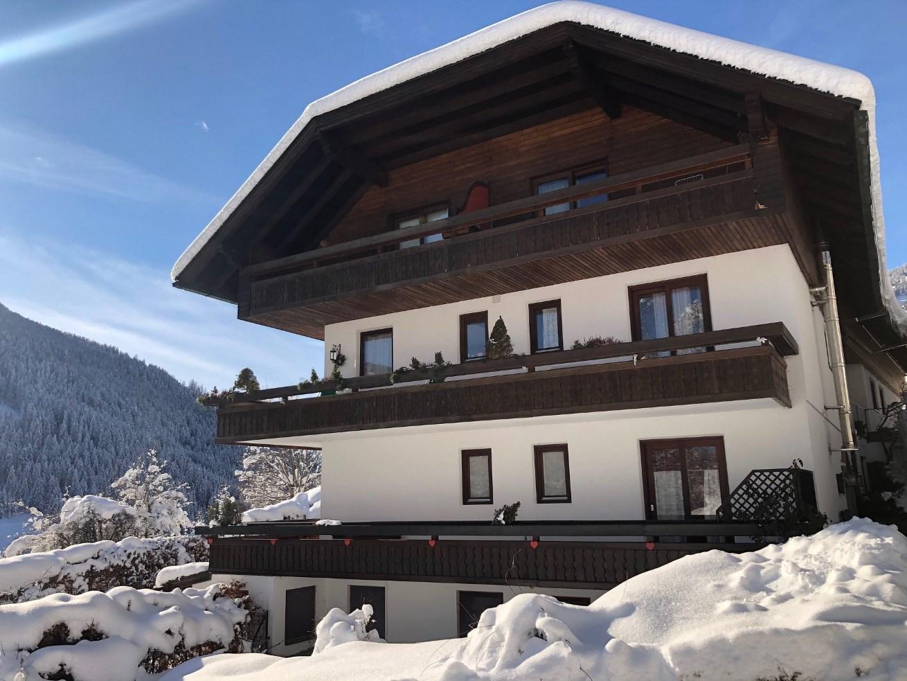 Bad Kleinkirchheim, Kaernten, Apartment (PAUL) 60m2 + 8m2 Balkon, Zentrum Bach