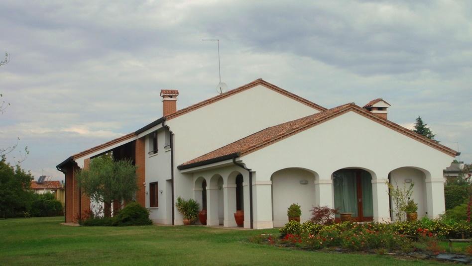 ITALIA, Treviso, Region Veneto, schoene gepflegte Villa