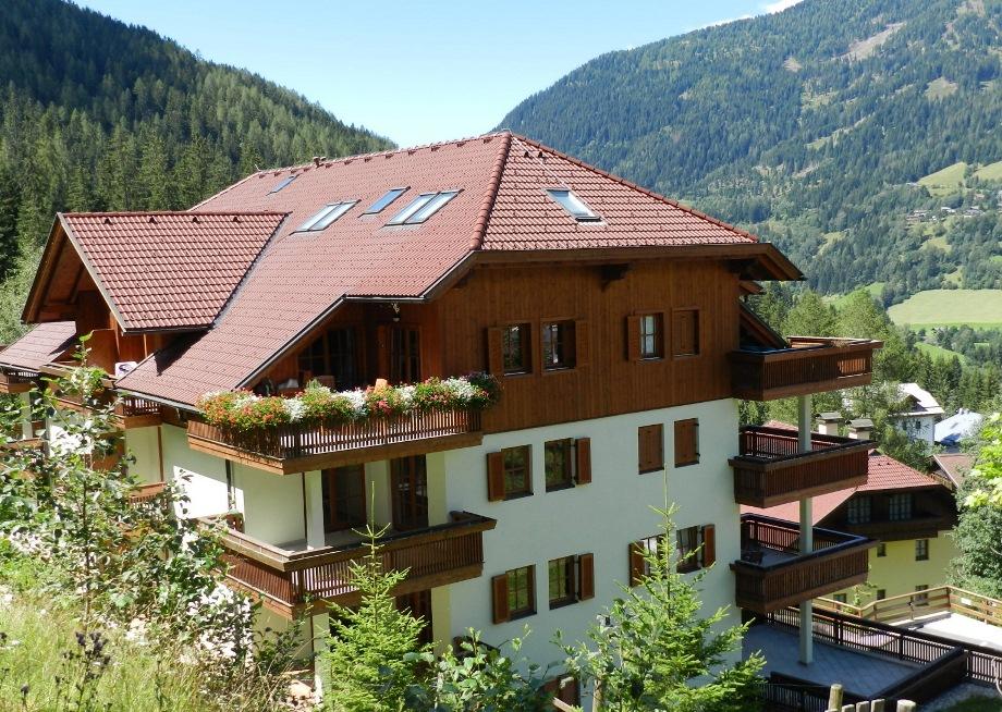 Bad Kleinkirchheim, Kaernten Apartment (BERTAC) an der Piste