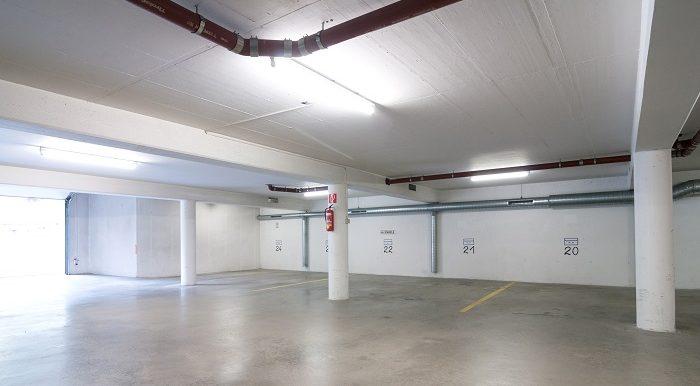 Central Garage1Pan