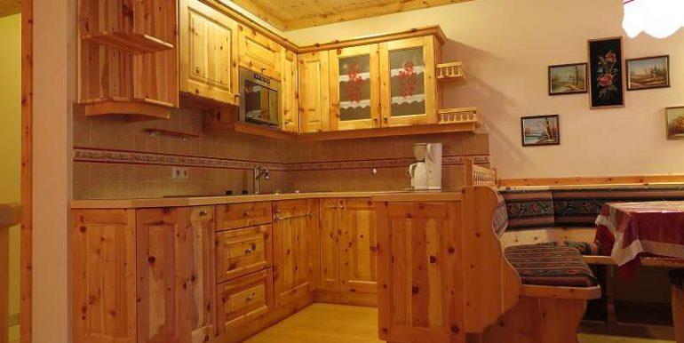 Küche aus Zirbenholz