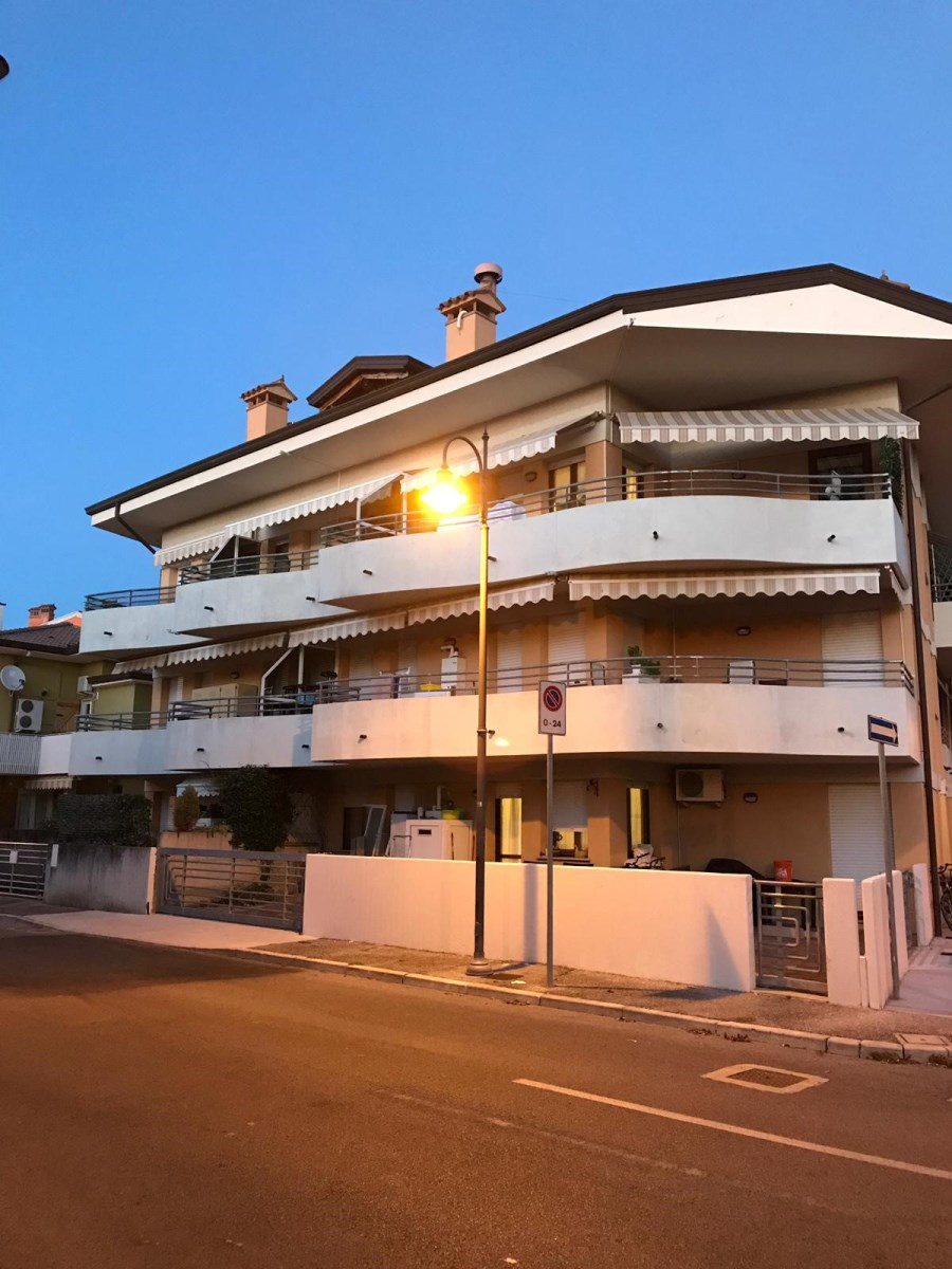 ITALIA, GRADO,  herrlicher LAGUNENBLIICK, gepflegtes  Apartment ueber 2 Stockwerke, ISOLA della SCHIUSA