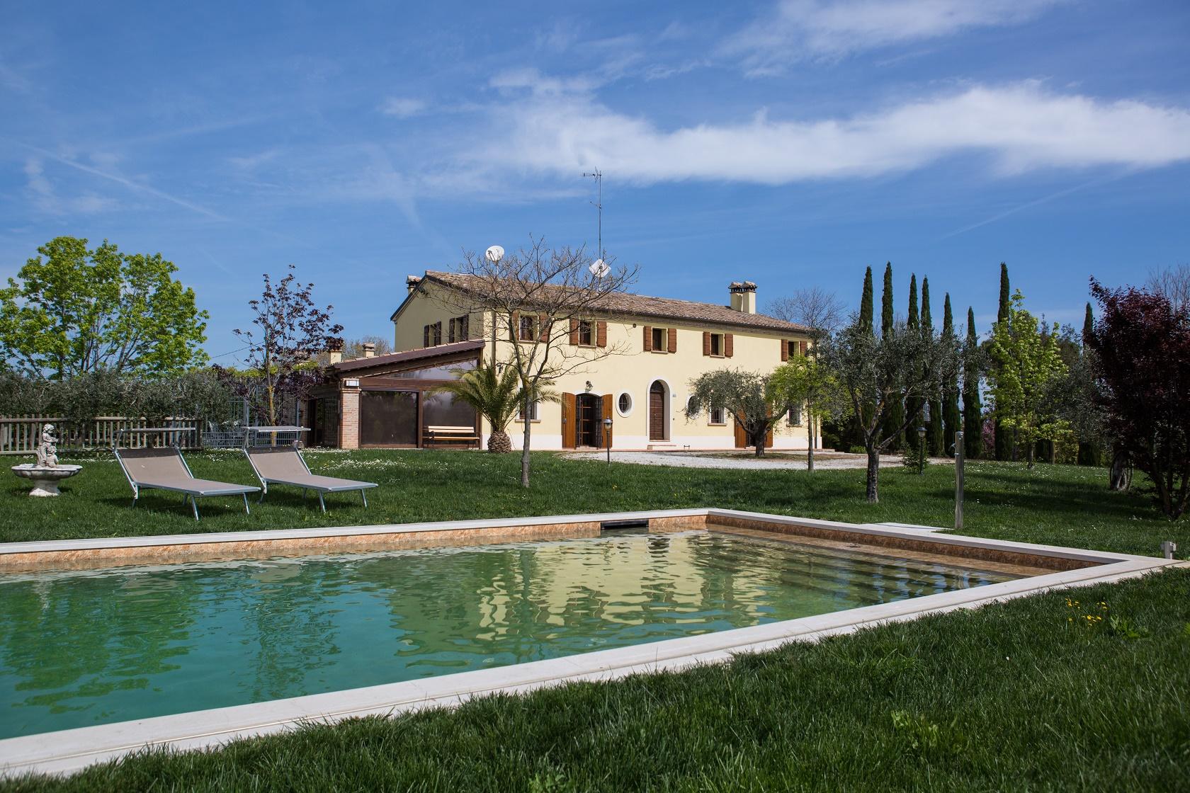 ITALIA,  REGION Emilia Romagna, edles  GUTSHAUS mit 2 Apartments, Garten, Swimming pool und OLIVENHAIN, Provinz Rimini, SAN GIOVANNI i.M. , ca 7km vom MEER