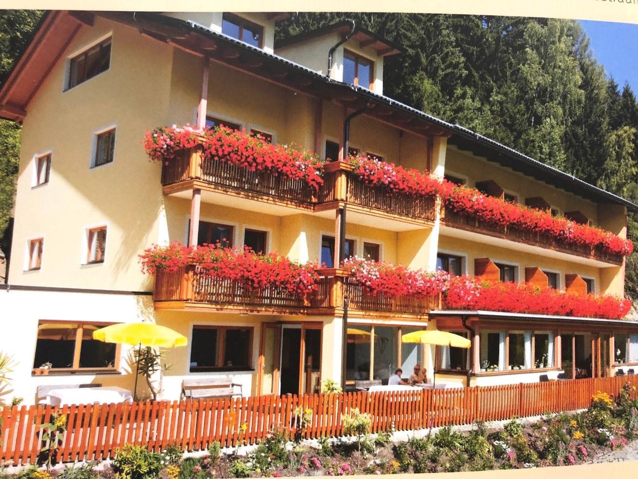 Bad Kleinkirchheim, Kaernten, Investitionsobjekt 3 Sterne Hotel in absoluter Sonnenlage!!